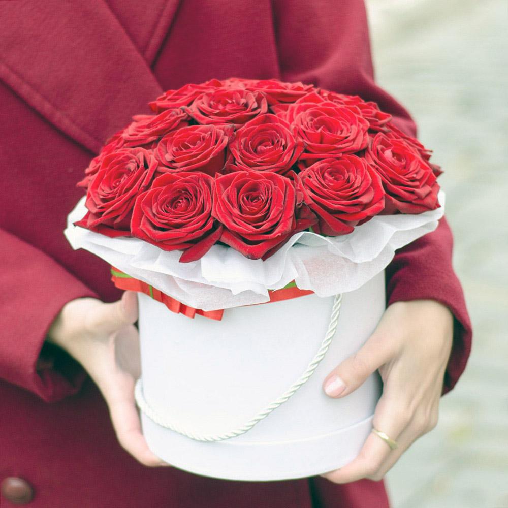 Купить 51 розу в Нижнем Новгороде недорого