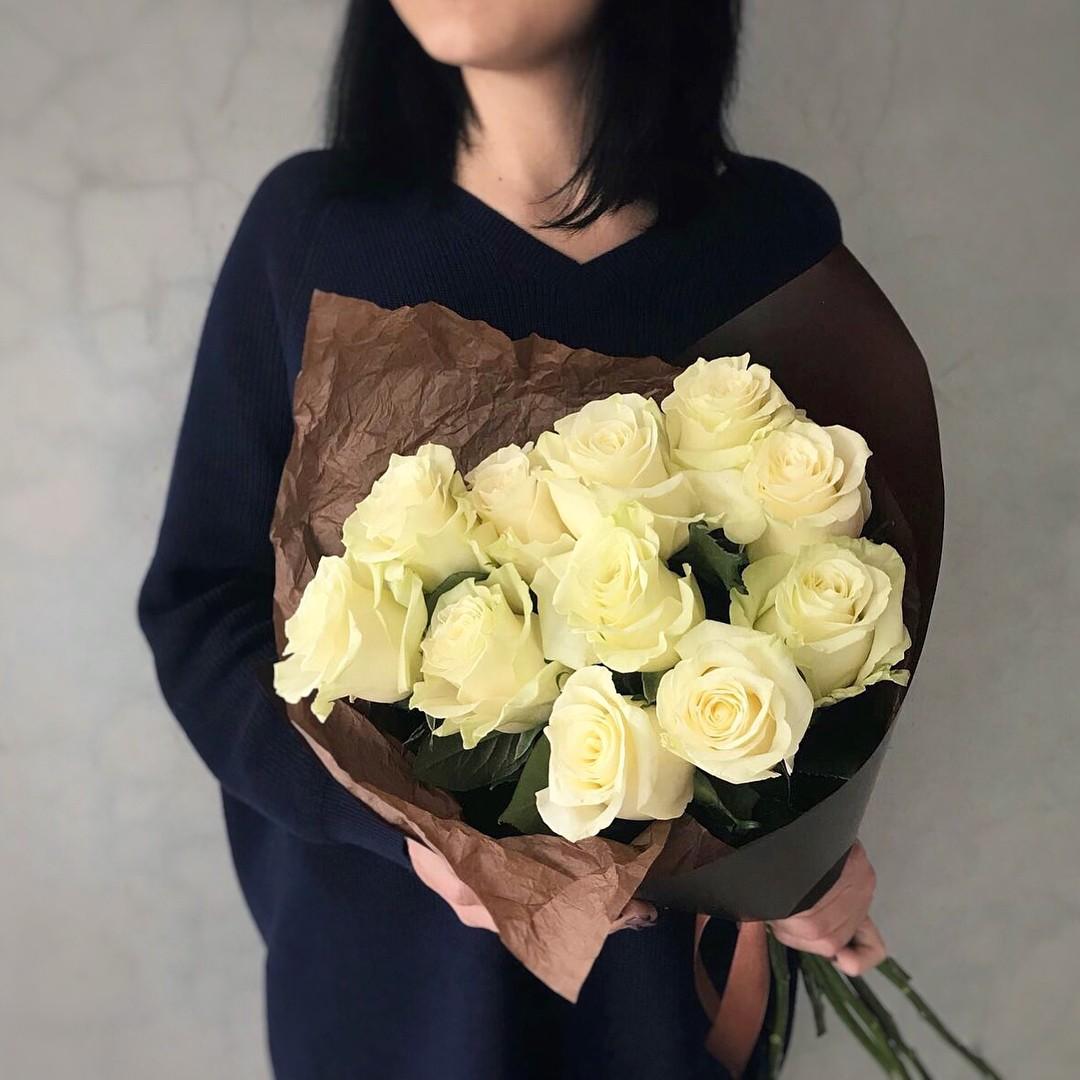 Купить букет из белых роз в Нижнем Новгороде   0 ₽ - Доставка!